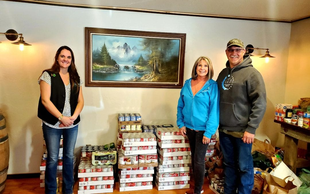 Simplot Transportation and Riggins Whitewater Market Food Drive Donation