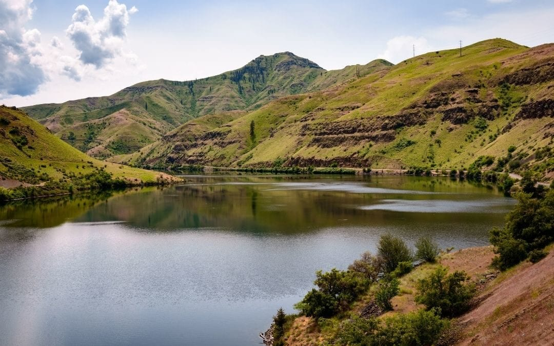 What To Know Before Jet Boating in Hells Canyon